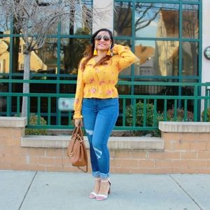 Cinched waist golden yellow top